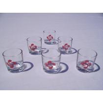 Un pack de 6 verres à liqueur croix basque rouge